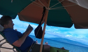 OK, not the perfect sunset, but definintely my best afternoon, under the umbrella reading my Kindle on Ka'anapali Beach.