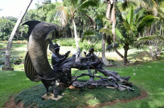 Statue 4b