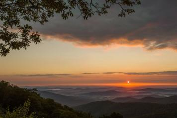 No filter necessary for this stunning photo from Hazel Mountain Overlook. Tweeted by the US Department of the Interior, 10/30/13.