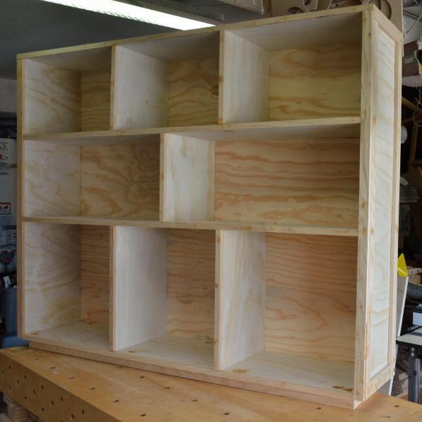Briannas Bookcase 03