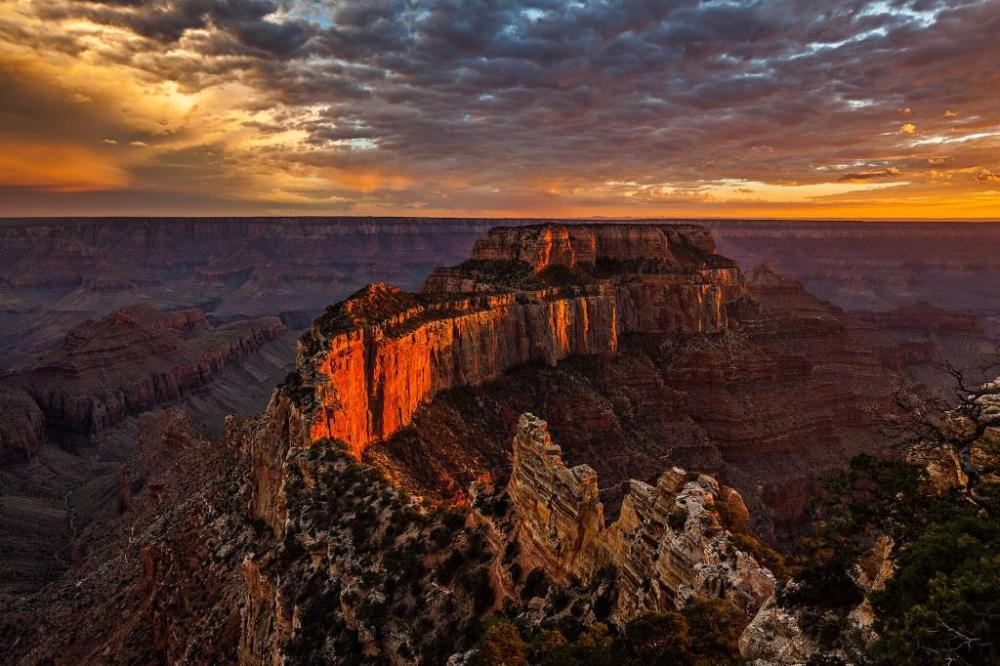 Sunset at Cape Royal, Grand Canyon National Park. Tweeted by the US Department of the Interior, 3/1/15.