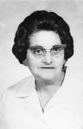 Mary Elizabeth Haynes Mowry (1902 - 1970). My father's father's father's second wife. My Great Step Grandmother.