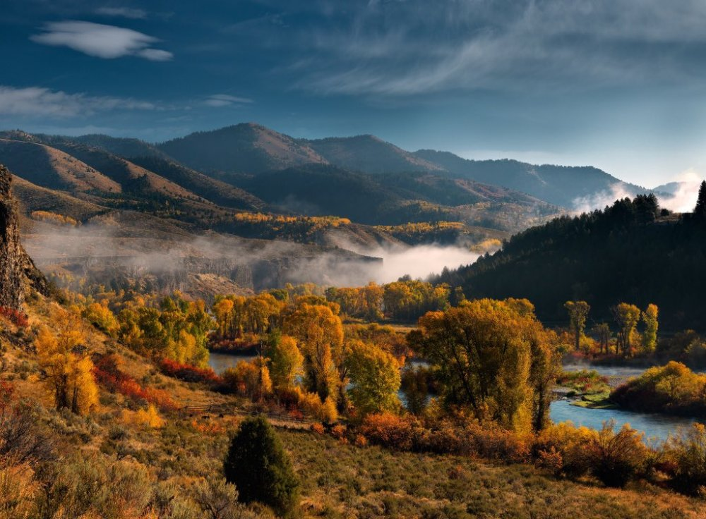The South Fork of Idaho's Snake River in Autumn. Tweeted by the US Department of the Interior, 11/16/15.