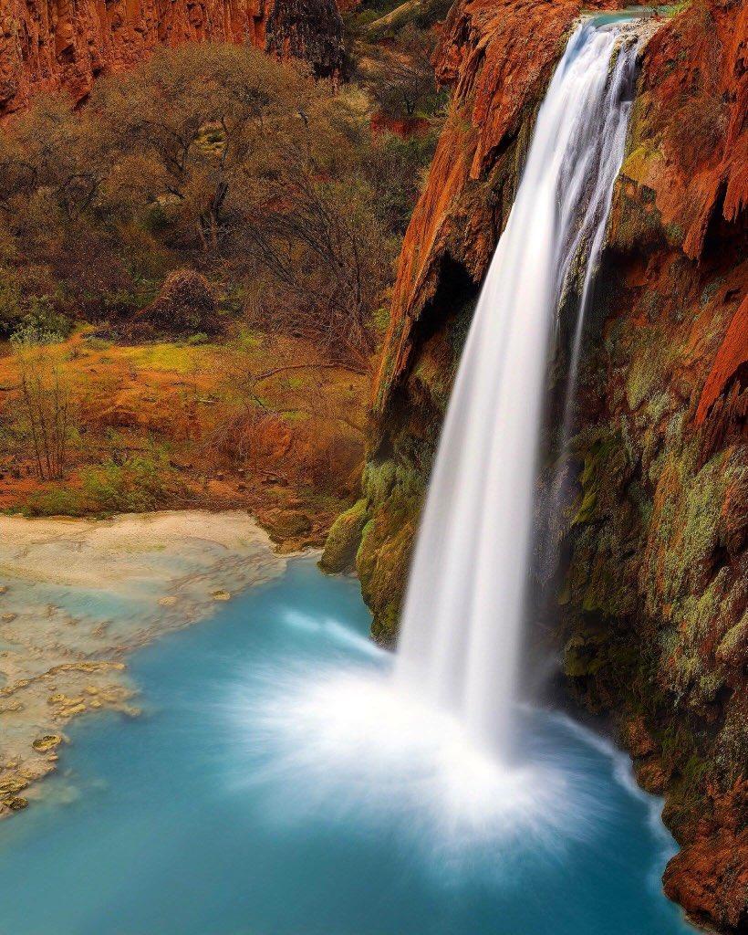 Arizona's Havasu Falls. Tweeted by the US Department of the Interior, 2/1/16.