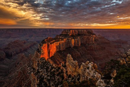 Grand Canyon National Park at sunset. Photo by Randy Langstraat. Tweeted by the US Department of the Interior, 4/22/16.