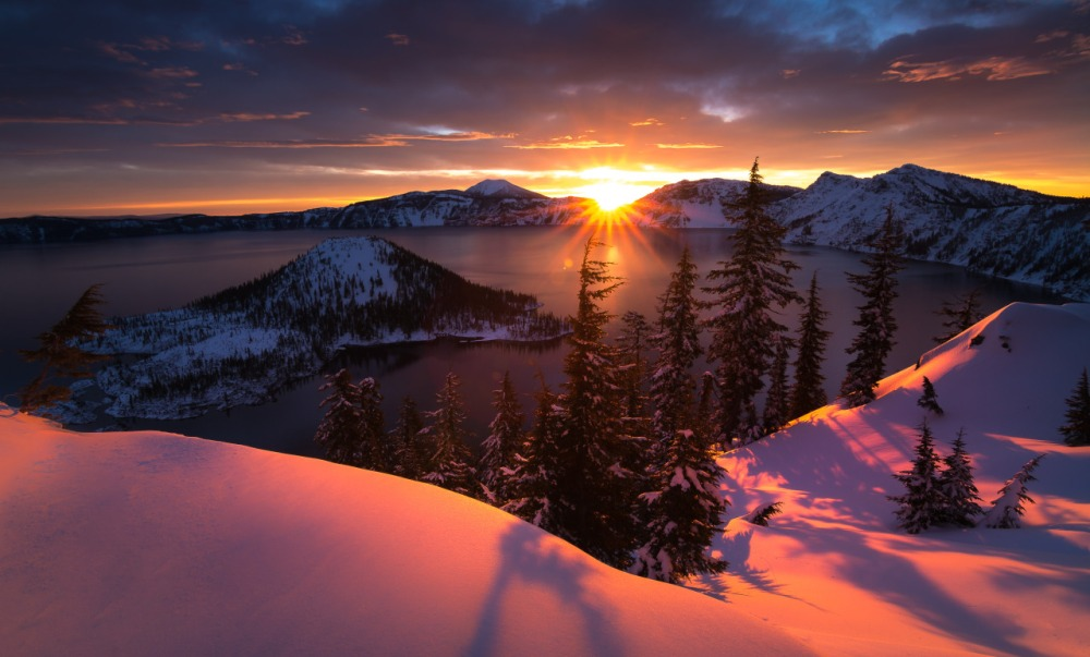 crater-lake-np-49-sunrise