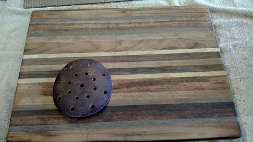 "I use a 6"" sandpaper on my random orbital sander, a Festool 125 FEQ Rotex Sander. 80 grit. I worked this disk a bit; 2 minutes."