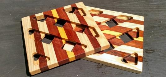 """Trivet 18 - 715. 8.5"""" square."""