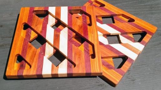 """Trivet 18 - 716. 8.5"""" square."""