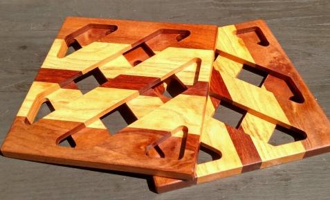 """Trivet 18 - 717. 8.5"""" square."""
